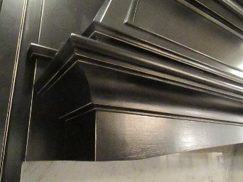 Corner Highlight on Black Cabinets